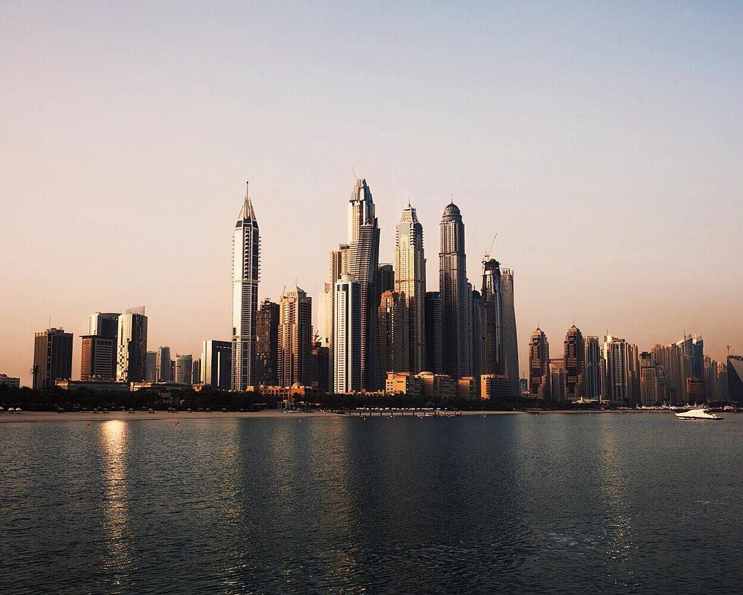 Dawn breaks over #Dubai #ArtoftheTrench #AOTT by burberry