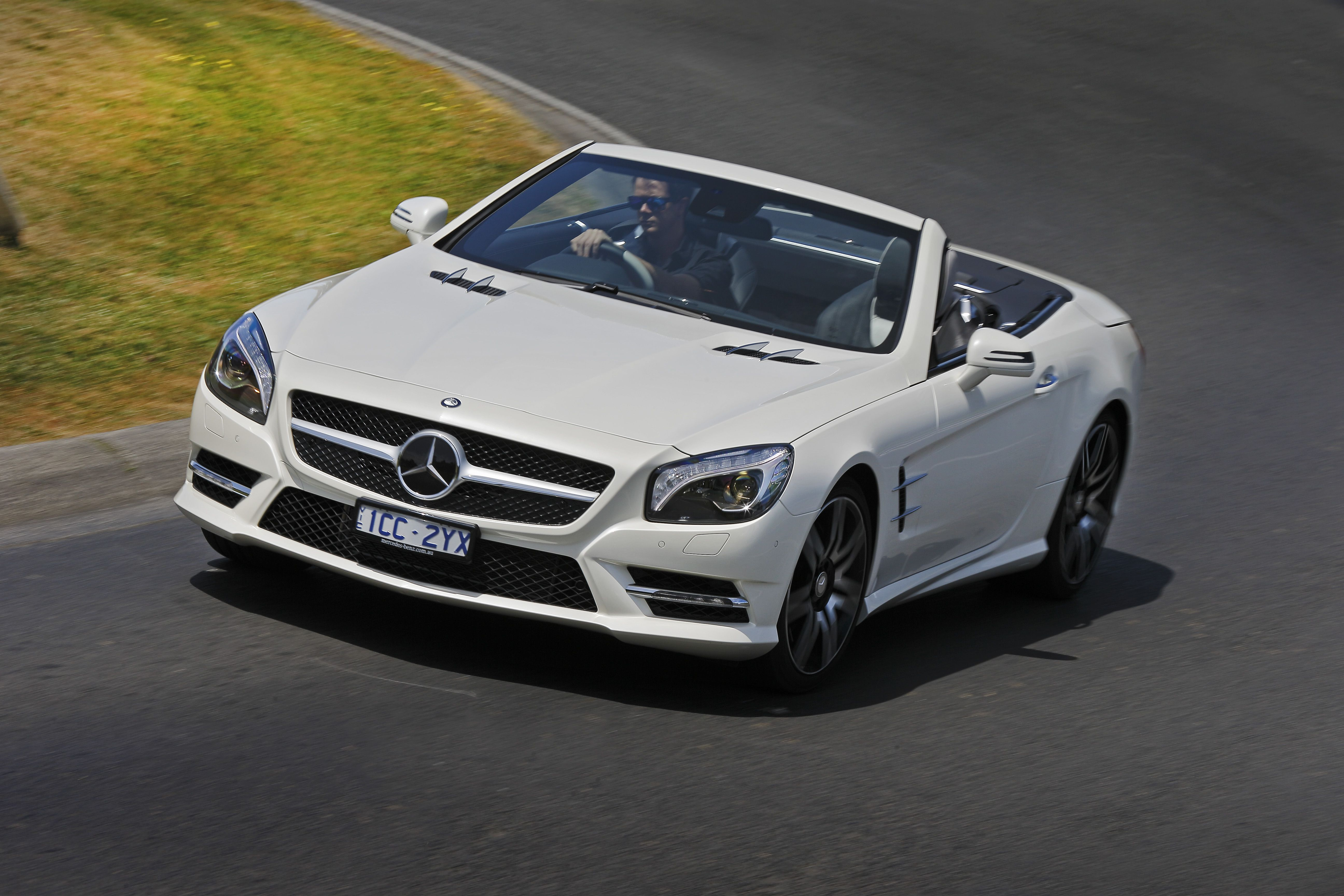 2015 Mercedes Benz SL 400 Review - http://www.caradvice.com.au/323444/2015-mercedes-benz-sl-400-review/ http://linkat.info/