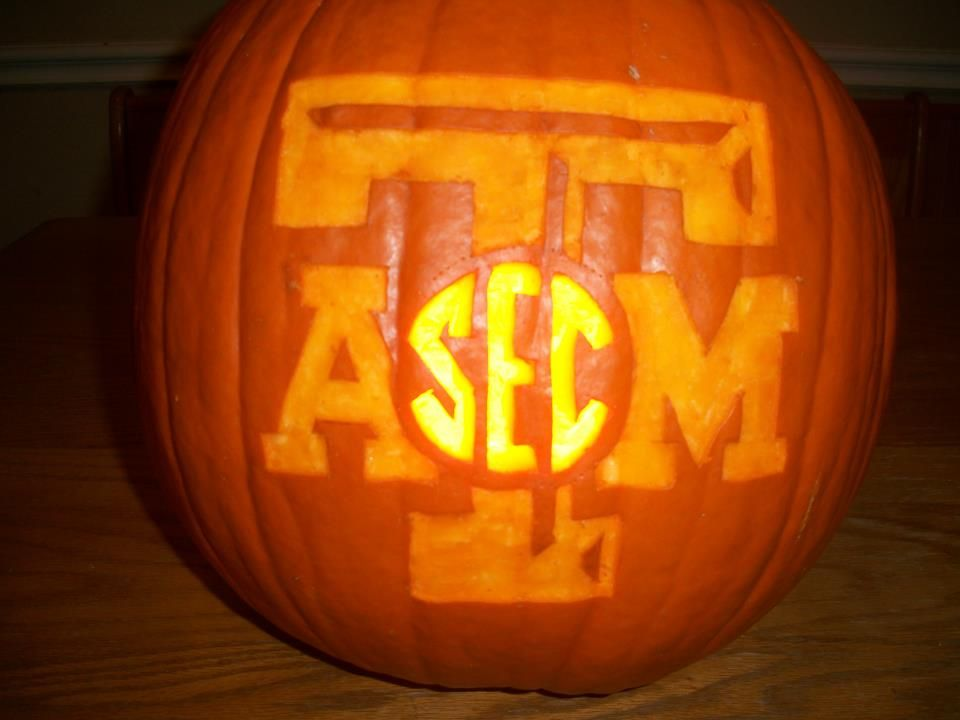 Awesome pumpkin carving happy halloween aggies maroon
