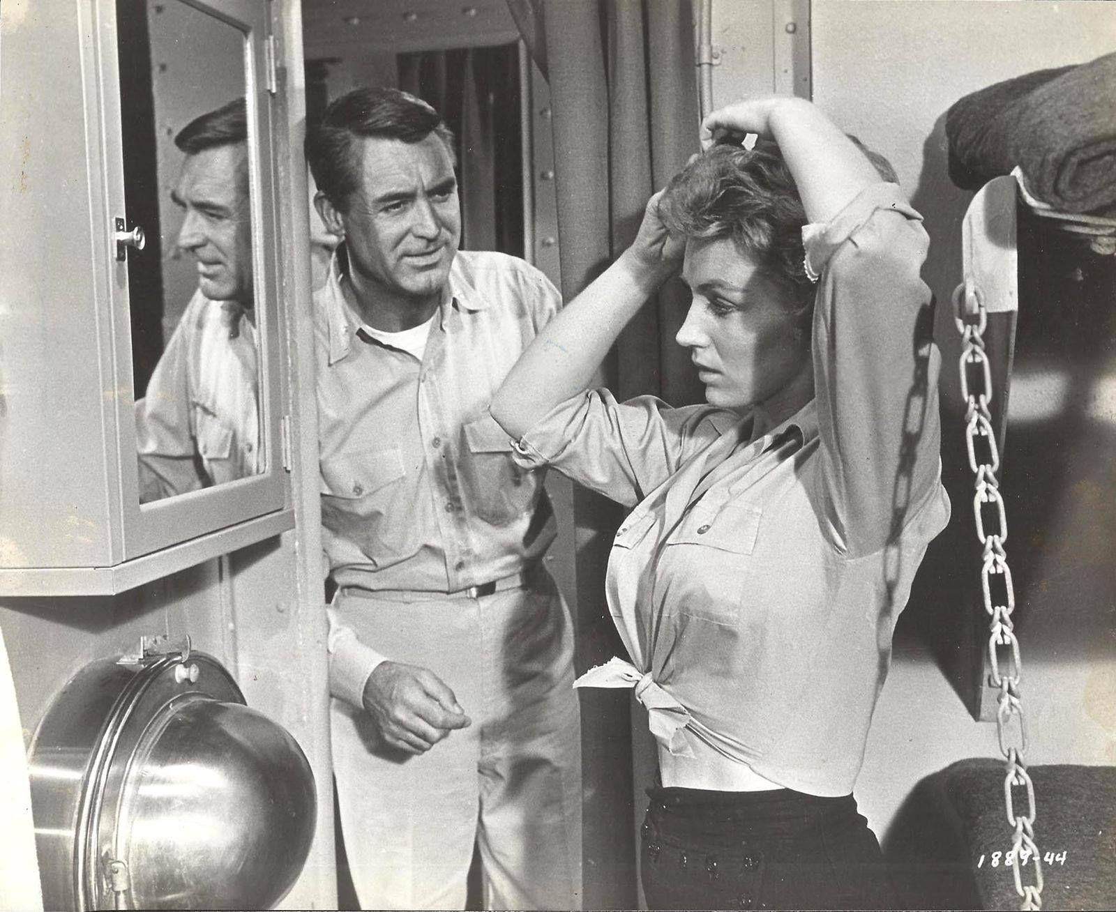 Cary Grant & Joan O'Brien - Operation Petticoat, 1959