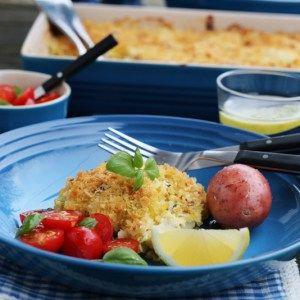 Fiskegrateng med parmesan og basilikum