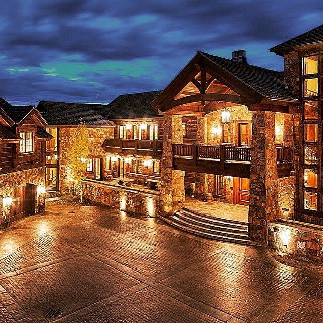 Monstrous 24 000 000 mega mansion in aspen colorado for Big modern house tour
