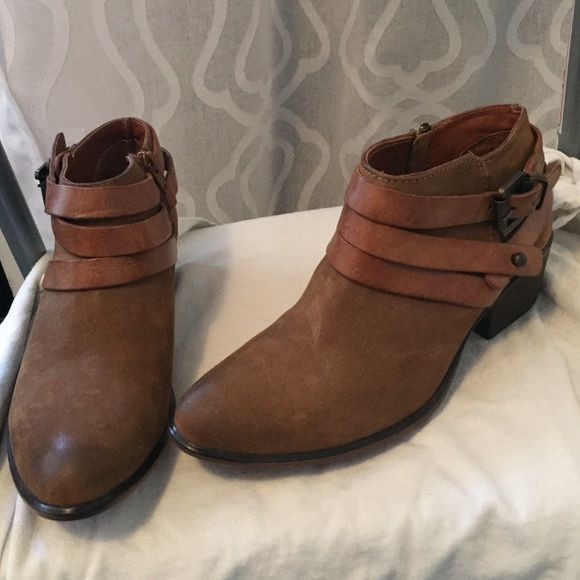 Unworn 6.5 Ankle Booties from Steve Steve from Madden NWT   My Posh Picks ... e442f6