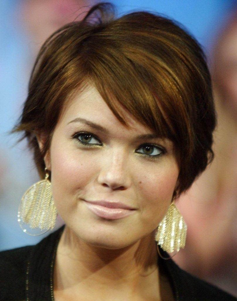 Épinglé par Vloebergs sur Coiffure Short hair styles
