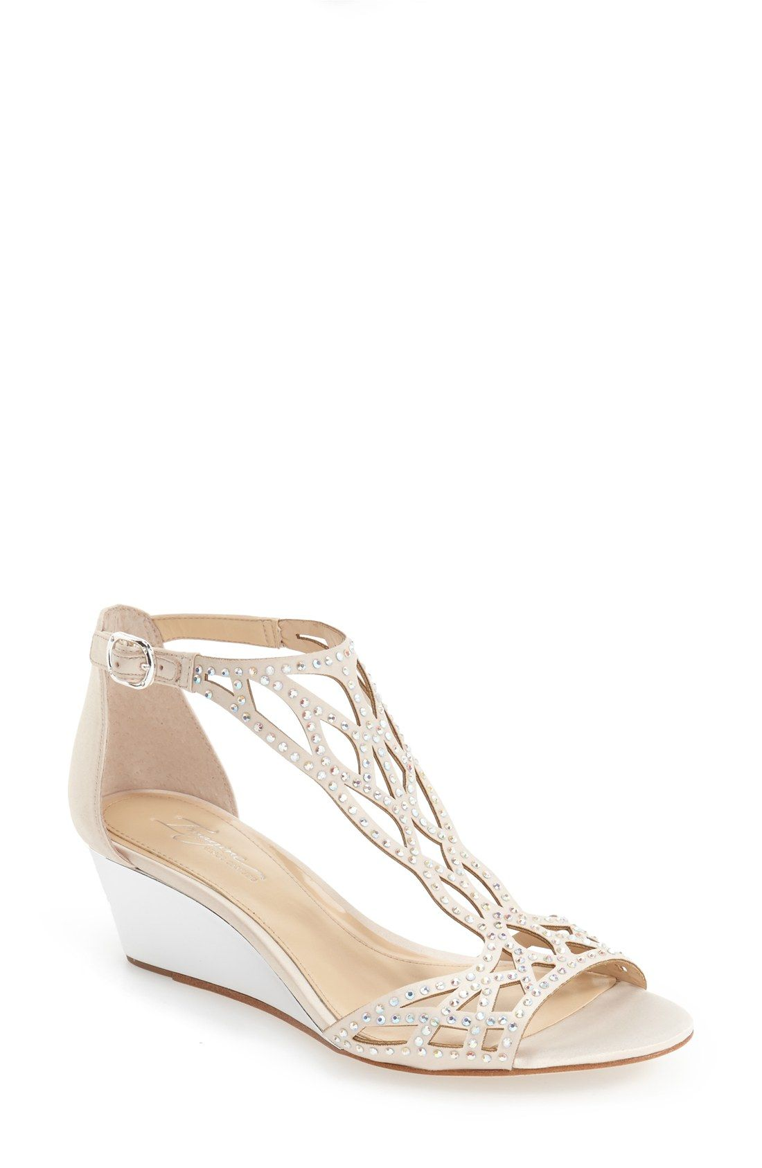 Wedding shoe with low heel Mrs Manno Pinterest