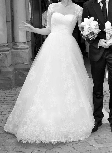 Robe de mariée Pronovias collection 2012