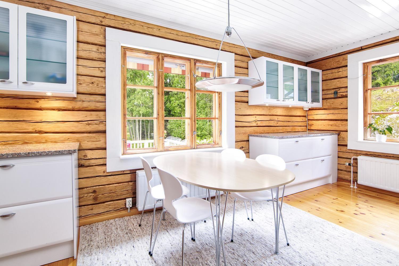 Maalaisromanttinen keittiö, Etuovi.com Asunnot, 56a1e509e4b09002ed151422 - Etuovi.com Sisustus
