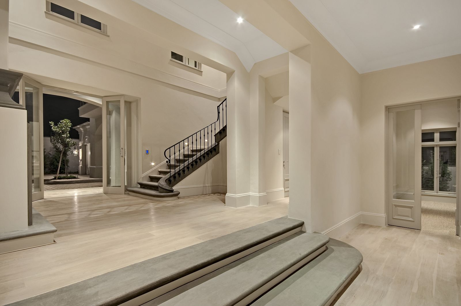 Double Volume Entrance Hall Architecture Design New