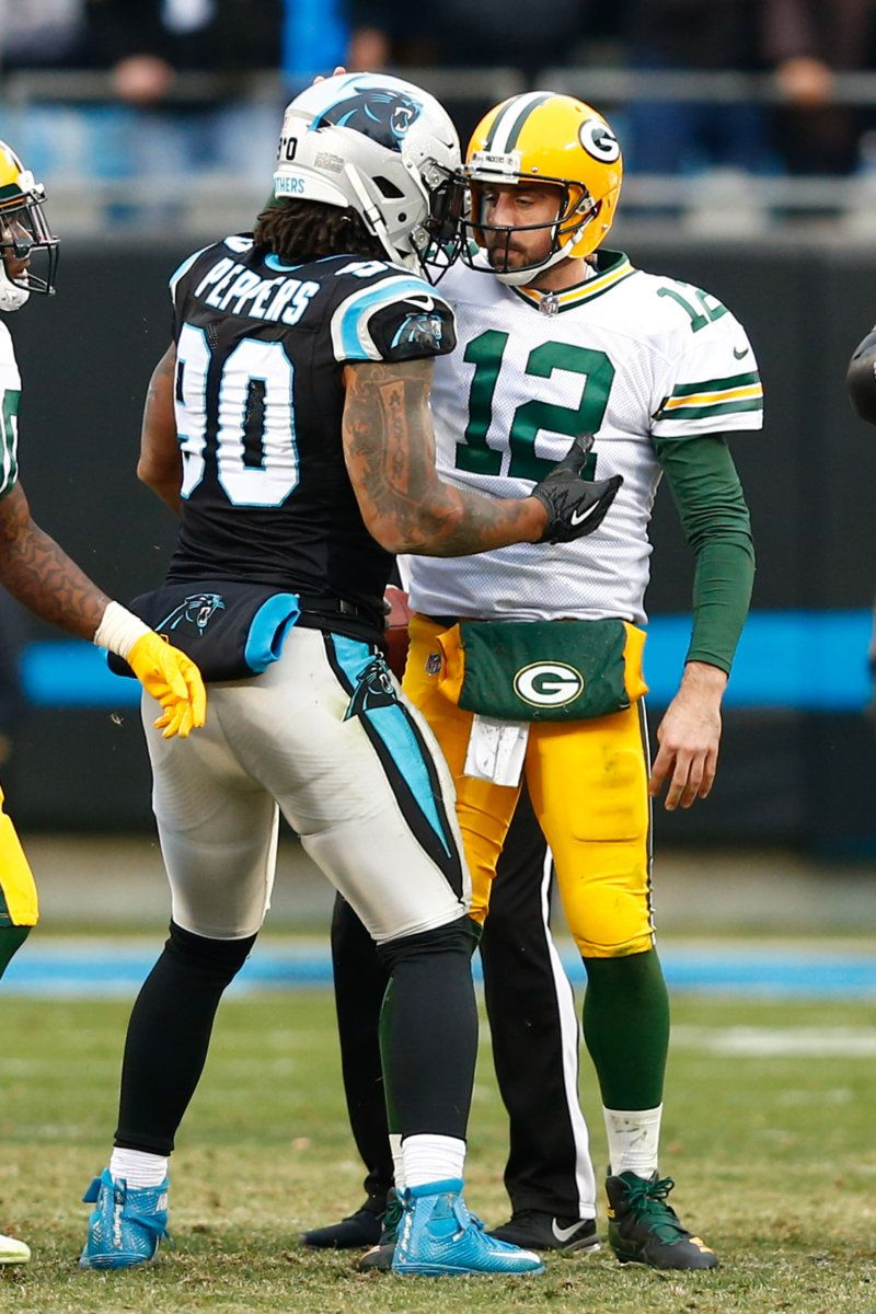 A Tip Of The Hat To Julius Peppers Total Packers Julius Peppers Packers Stuffed Peppers