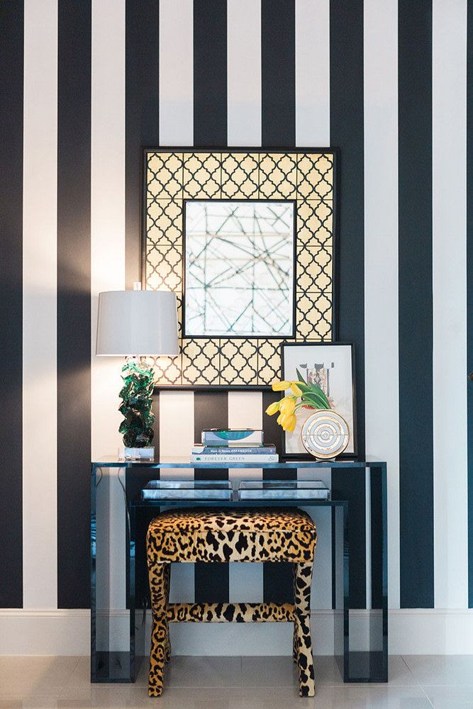 How To Include Taxidermy Into Trendy Home Decor: Must-See: A Fearlessly Designed Home In Dallas