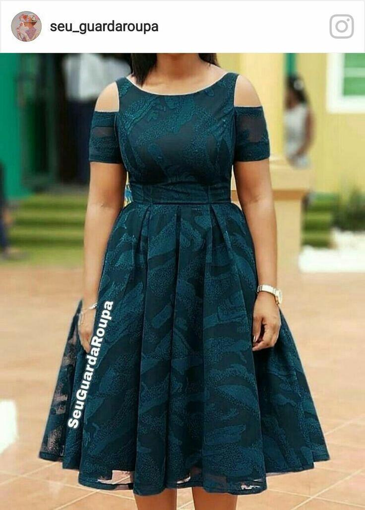 Robes A La Mode En 2020 Robes A La Mode Mode Africaine Robe Robe Africaine Tendance