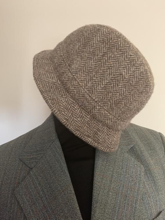 St Micheal 55cm Harris tweed hand woven in the outer Hebrides 100% pure new wool men's country hat brown beige khaki #outerhebrides