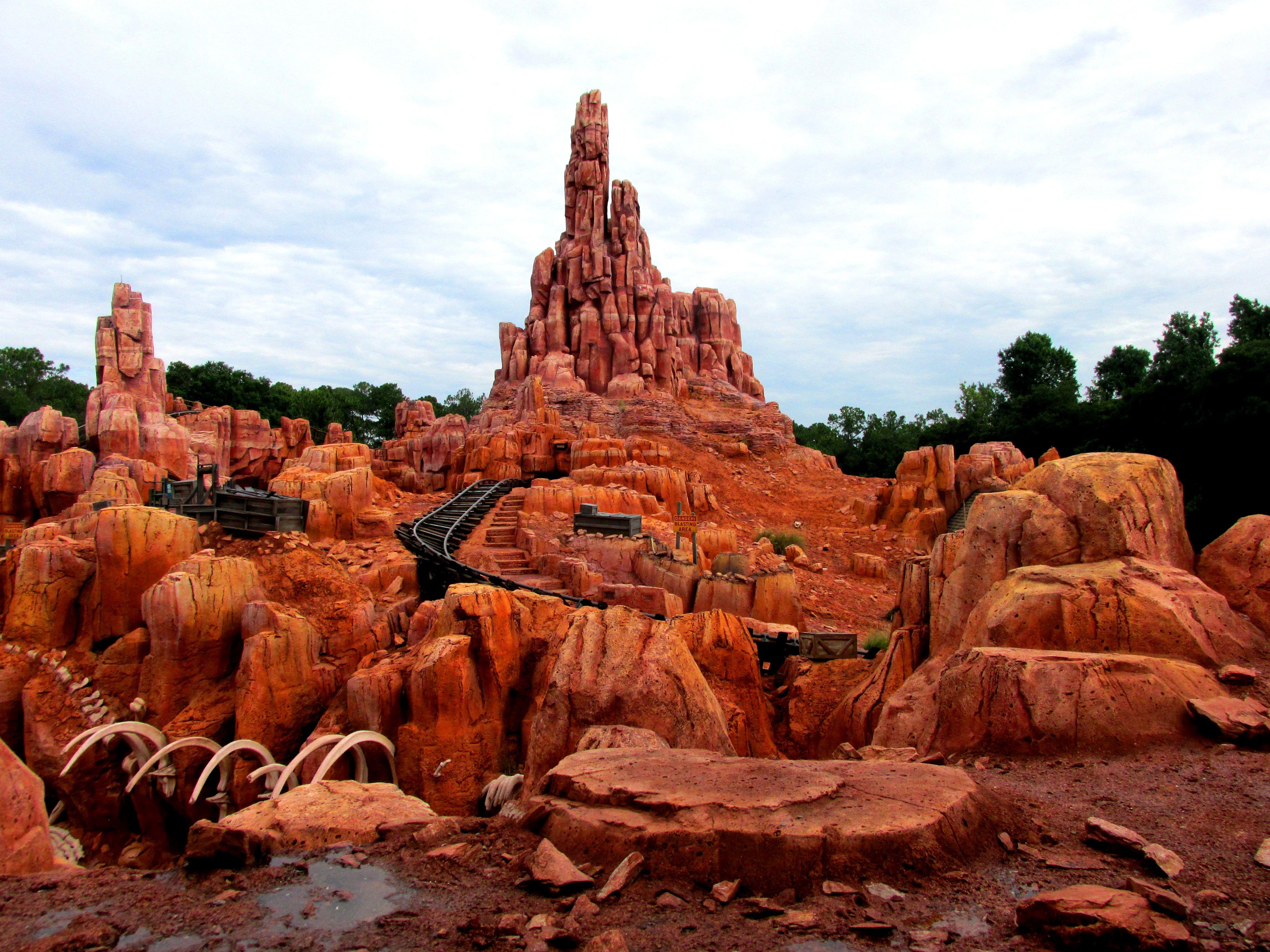 Helpful Information For Your September 2016 Disney World Vacation With Images Disney World Vacation Walt Disney World Vacations Disney World News