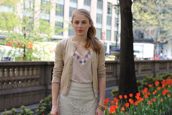 Blonde in this City | Neutrals & Tulips