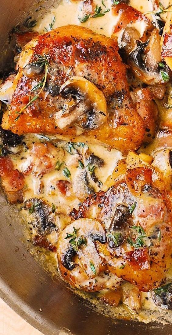 Chicken Thighs with Creamy Bacon Mushroom Thyme Sa
