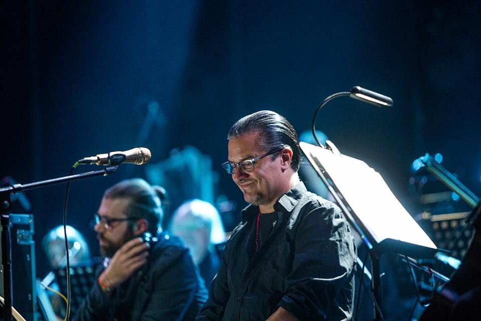 Mike Patton with Eyvind Kang at Sacrum Profanum, 2016.