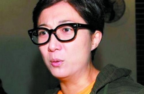 Although frequently drinking at home, Elaine Ng denies that she had physically abused her 15-year-old daughter.
