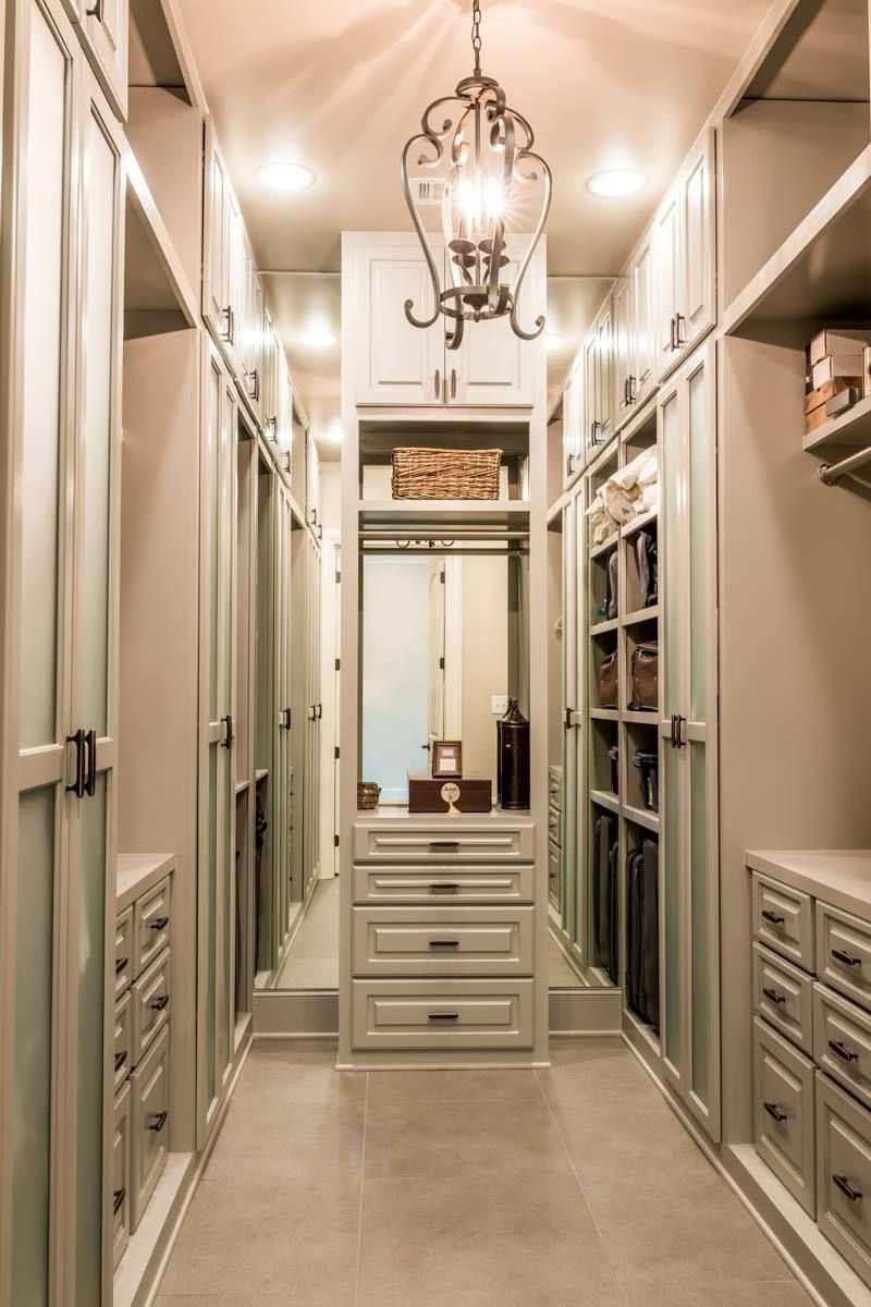 Ideas Of Functional And Practical Walk In Closet For Home: 20 Incredible Small Walk-in Closet Ideas & Makeovers