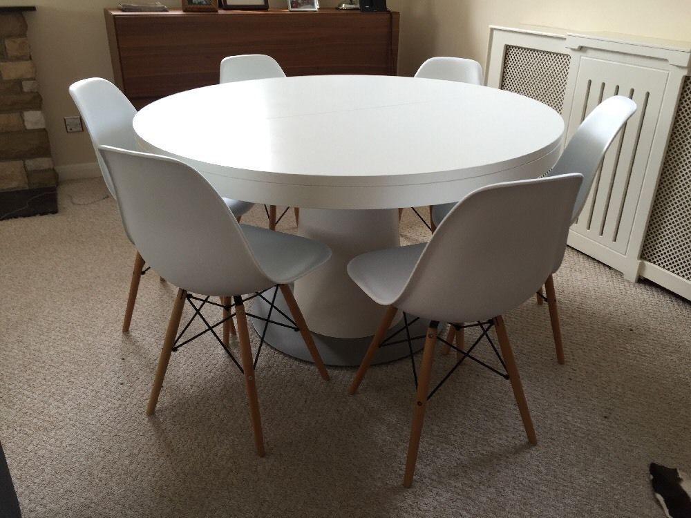 boconcept granada dining table white • £82000  dining