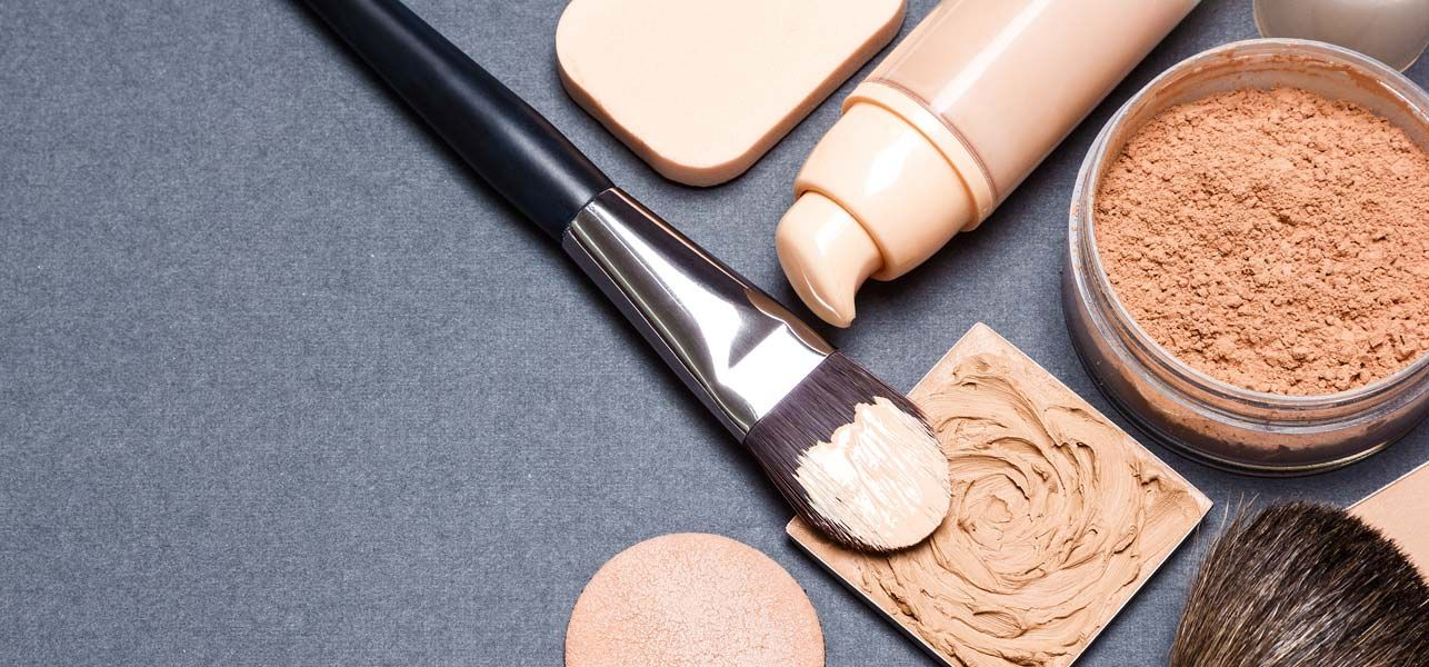 15 Best Foundations For Oily Skin in India 2020 Update