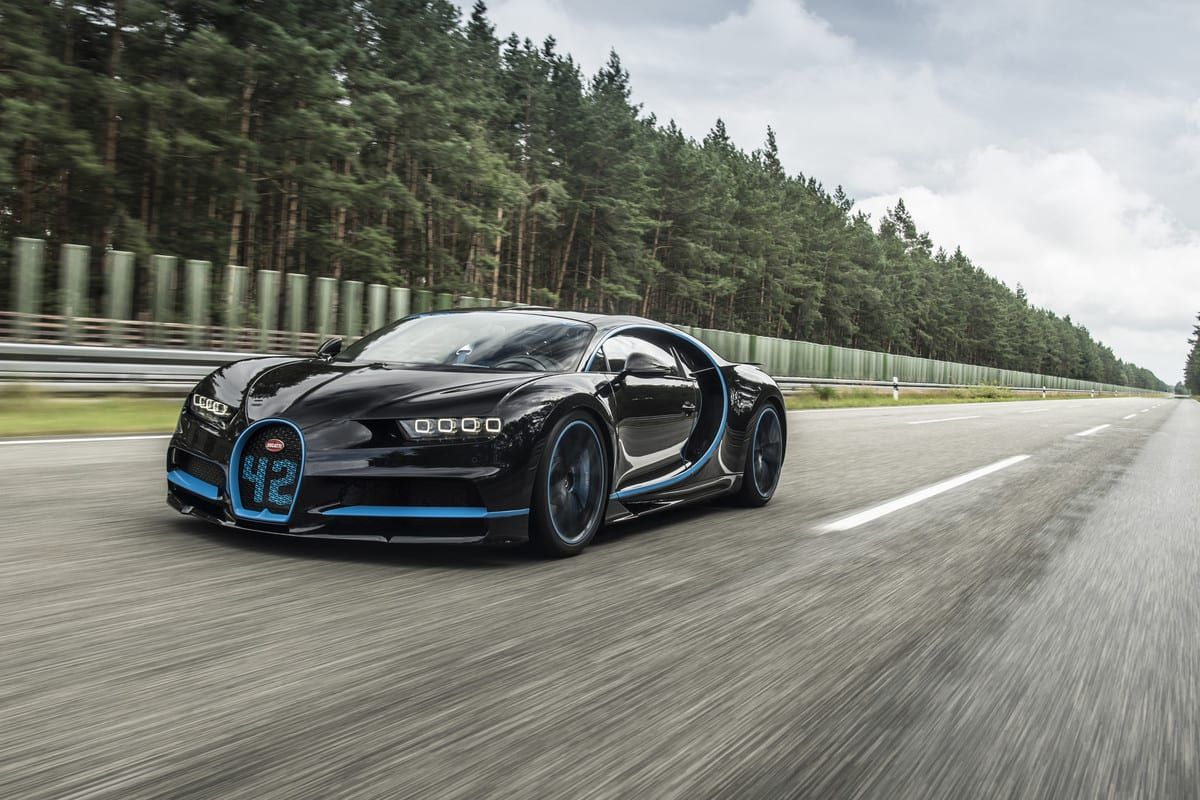 Bugatti Chiron vs. EB 110: Decades of Innovation