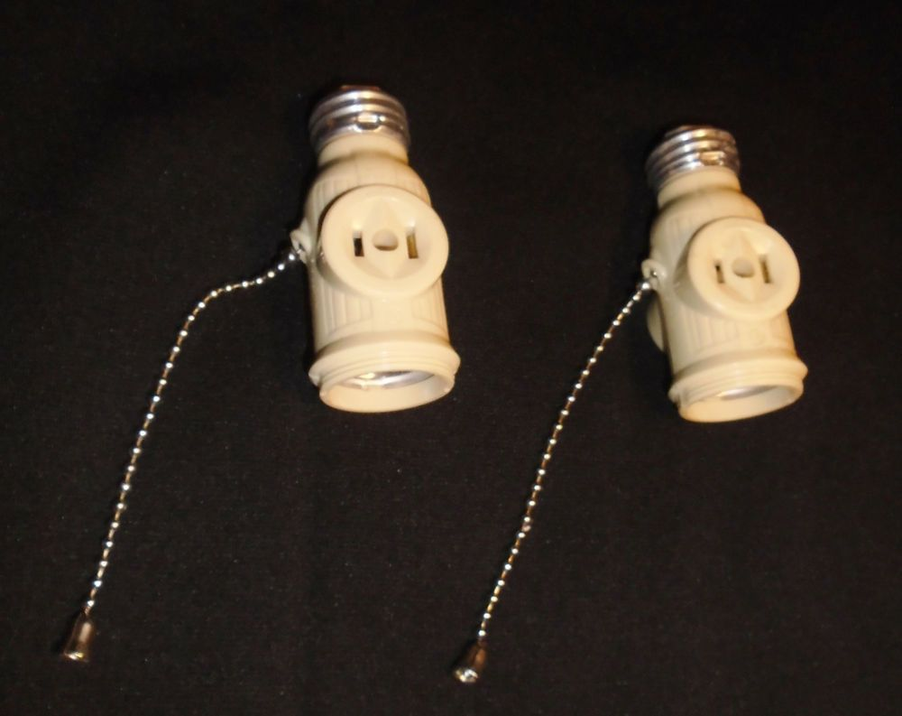 Art Deco Bakelite Ivory Lampholder Socket Adapter Pull Chain Light