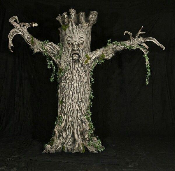 Scary Tree!