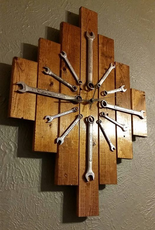 We picked up a few used wrenches at the trade show yesterday and decided to turn them into a clock!