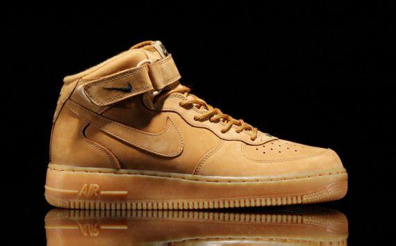 nike air force one beige