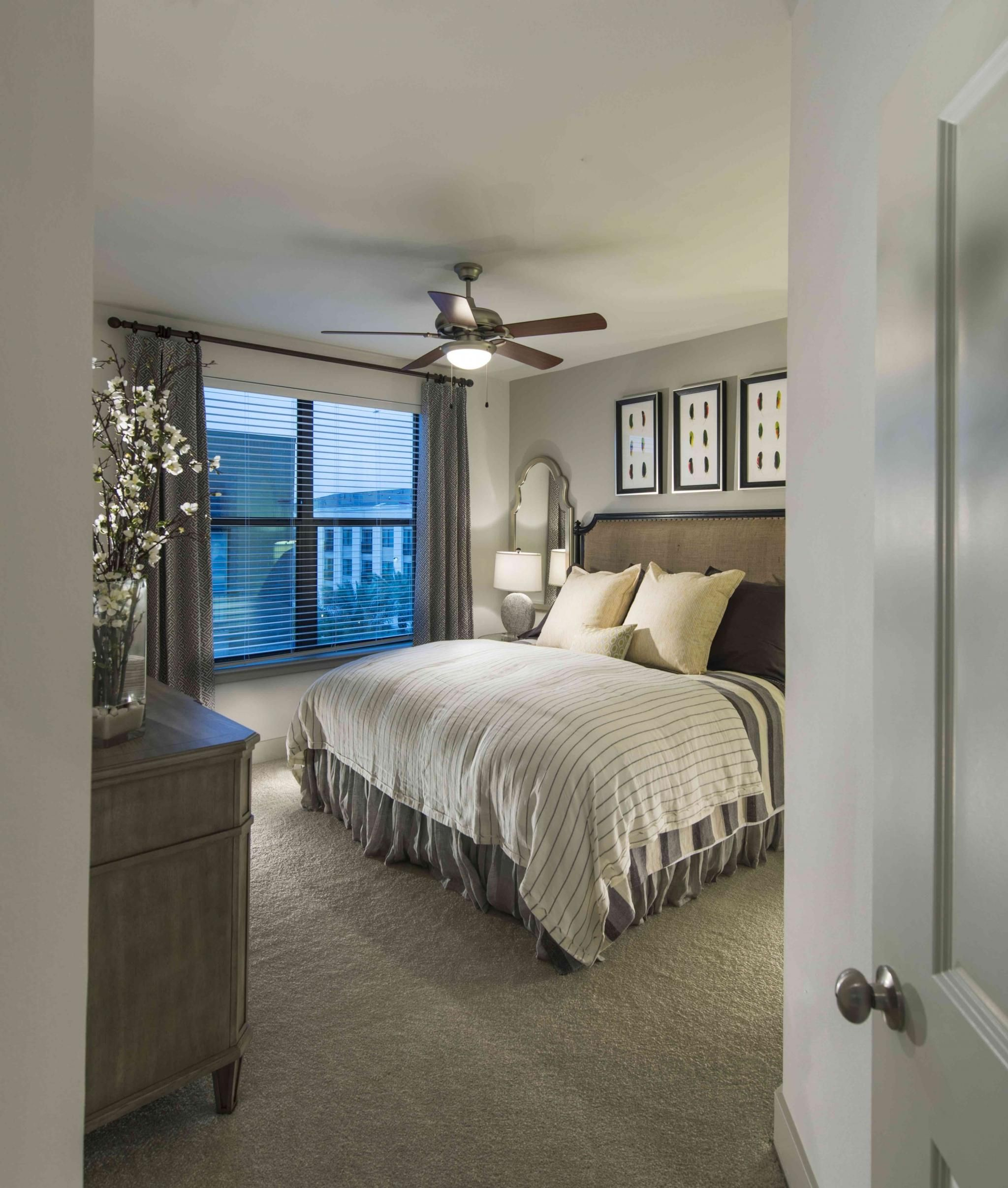 Luxury Apartments For Rent In The Heights & Memorial Park
