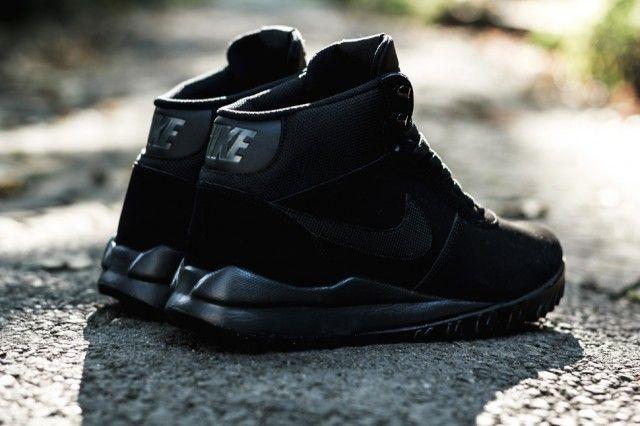 NIKE HOODLAND SUEDE (TRIPLE BLACK) | Sneaker Freaker | |= 0
