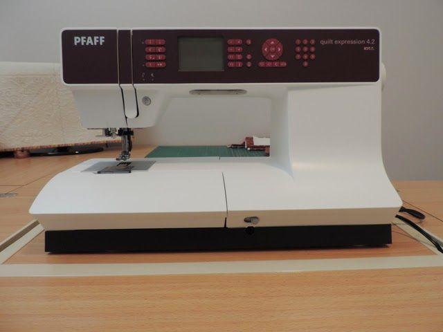 The Quilt Yarn Pfaff Quilt Expression 4 2 First Impression Pfaff Pfaff Sewing Machine Quilts