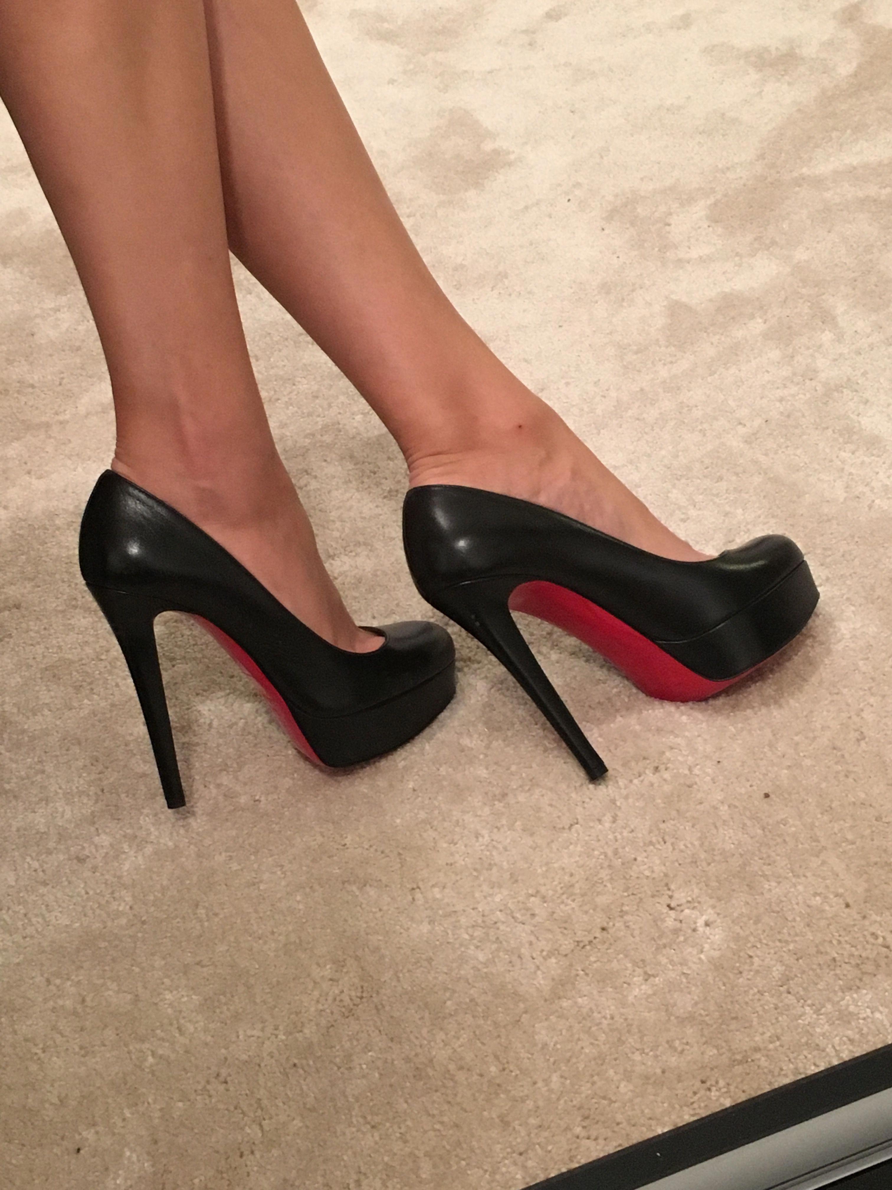 shiny black high heel pumps
