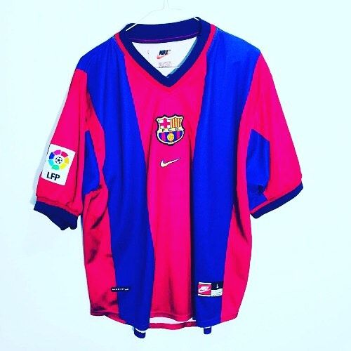 1998 2000 barcelona home football shirt l 19 99 dm for best offers football footballshirt footballshirtcollect barcelona shirt football shirts soccer shirts 1998 2000 barcelona home football shirt