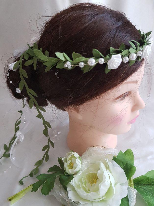 Schöner Haarkranz für die Kommunion, das Blumenkind oder