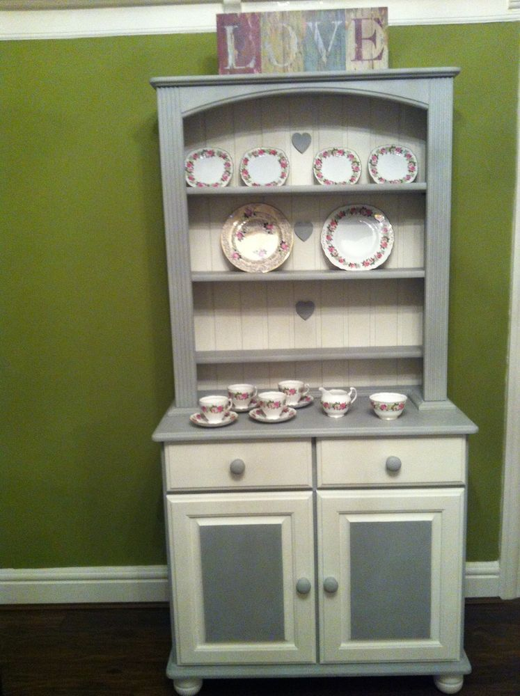 Beautiful Solid Pine Shabby Chic Welsh Dresser Sideboard Display Cabinet