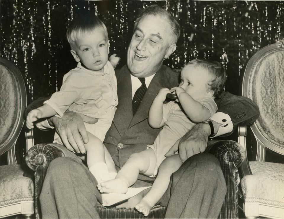 President Roosevelt with his g...