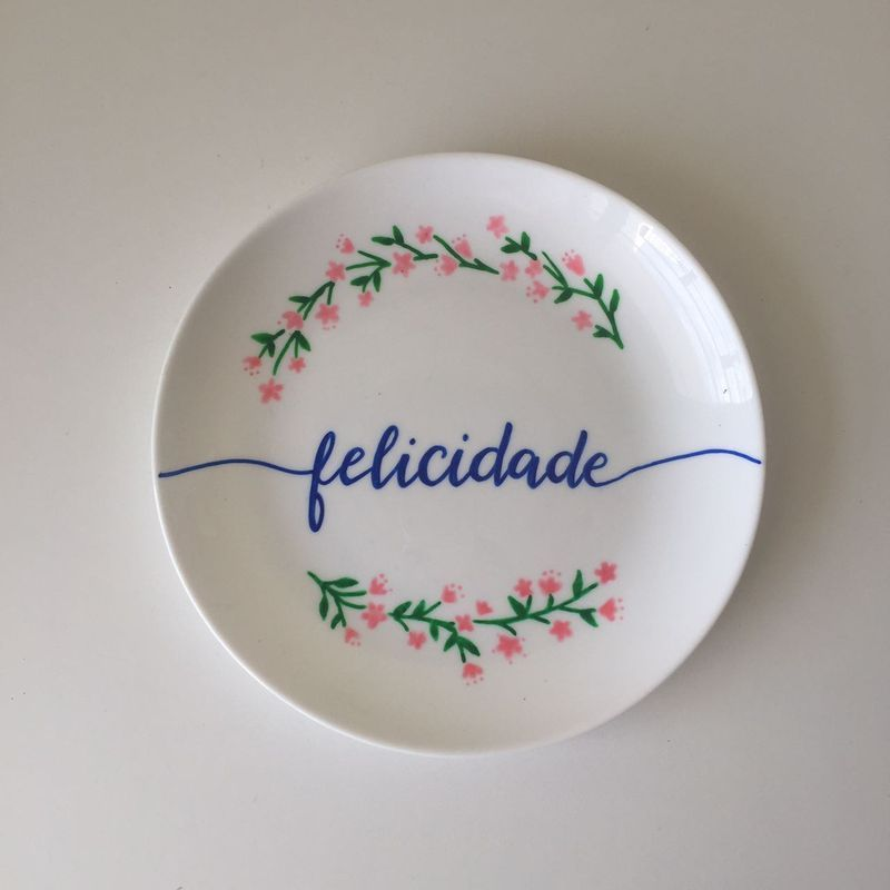 Confira aqui - Prato de porcelana Ines Shimabukuro - Dulce Amor