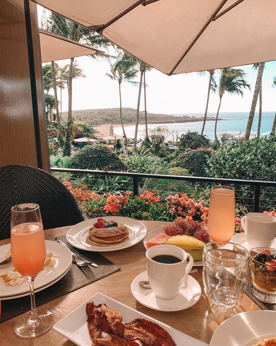 Stephanie Ledda On Instagram Good Morning Is It Morning Where You Guys Are I M Currently On A Pl Breakfast Around The World Breakfast In Bed Breakfast