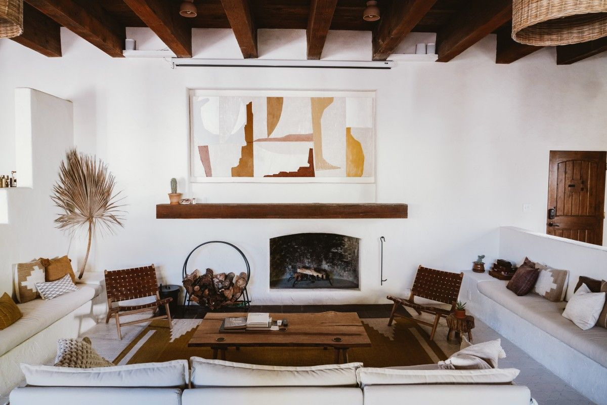 7 Tips To Improve Your Interior Photography Bon Traveler In 2020 Interior Interior Photography Improve Yourself