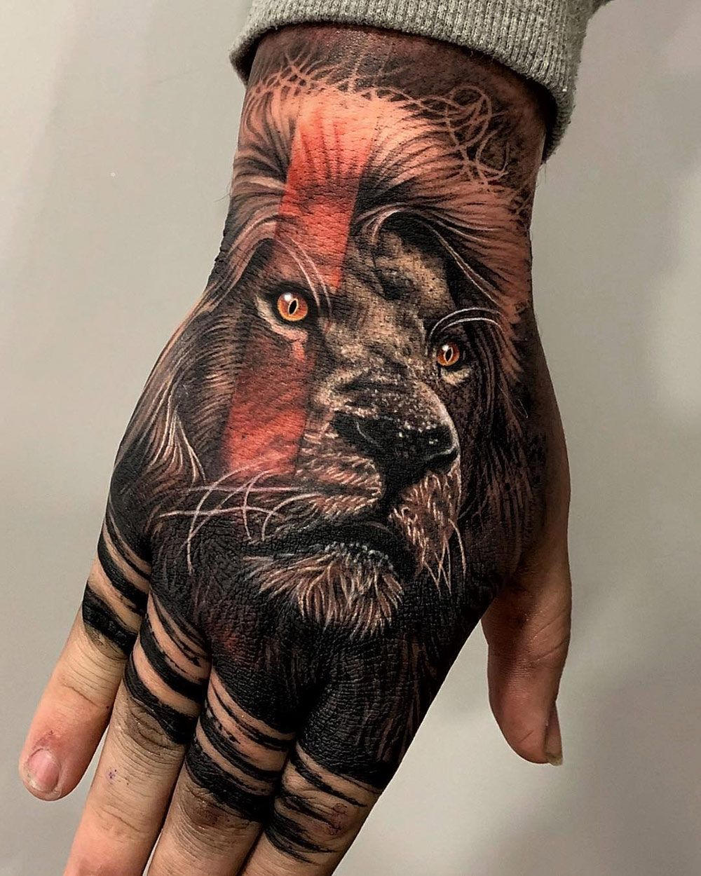 Lion Hand Tattoo In 2020 Lion Hand Tattoo Back Of Hand Tattoos Hand Tattoos For Guys