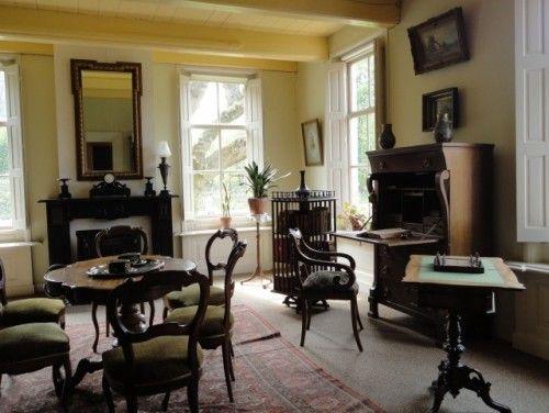 traditional living room Classic 1930s Dutch living room ...