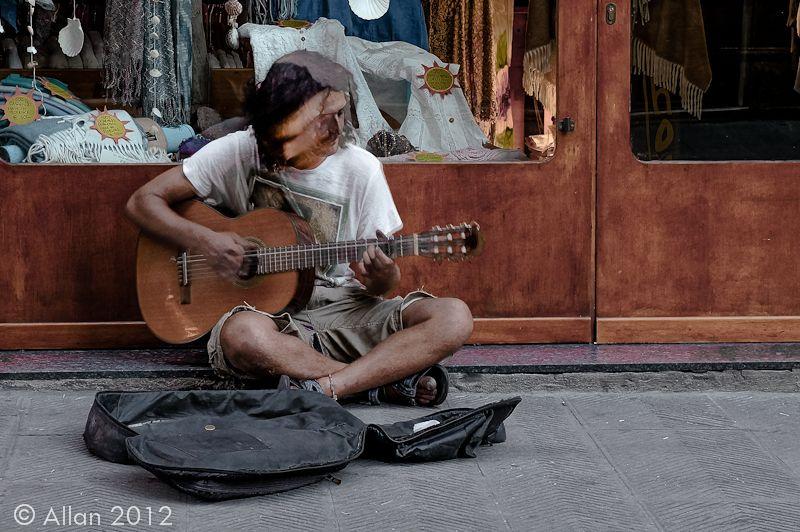My Sad Guitar - Italy Pics - www.Life Aperture.com