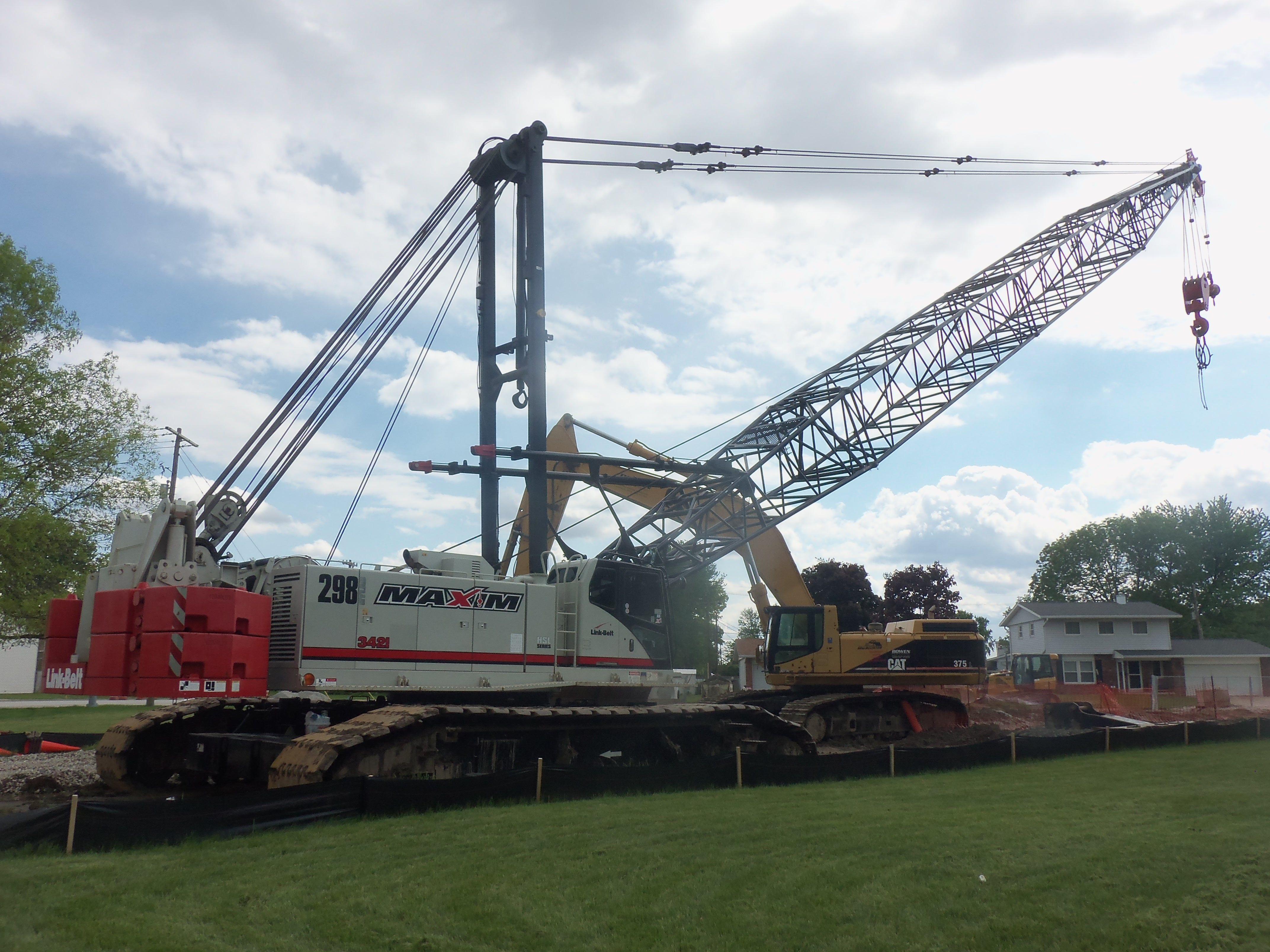 Link Belt Crawler Cranes : Final picture of link belt hylab crawler crane on