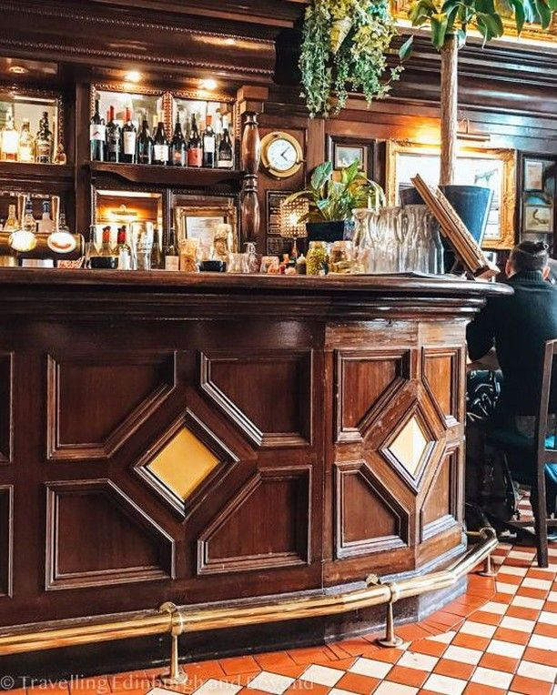 @TravellingEdinburghAndBeyond posted to Instagram: Edinburgh is full of great bars, one of my favourites is @noblesleith. Fantastic decor, atmosphere and food. And they also make a cracking Gin & Tonic. Stop in for one if you are passing.  #thisisedinburgh #edinphoto #noblesleith #leith #igersedinburgh #exploreedinburgh #instaedinburgh #edinburgh #edinburghlife #visitscotland #visitedinburgh #instascotland #insta_scotland #scottishbloggers #myedinburgh #visitbritain #scotland #loves_united_kingd
