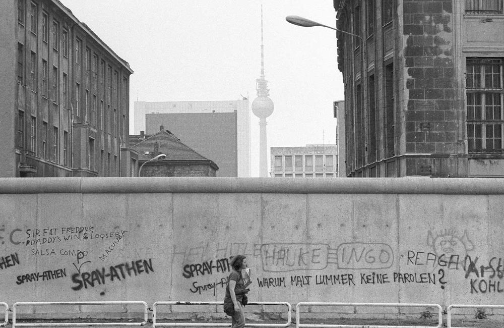 Fotovergleich Berlin Kurz Vor Dem Mauerfall Und Heute Berliner Mauer Mauer Leben In Berlin