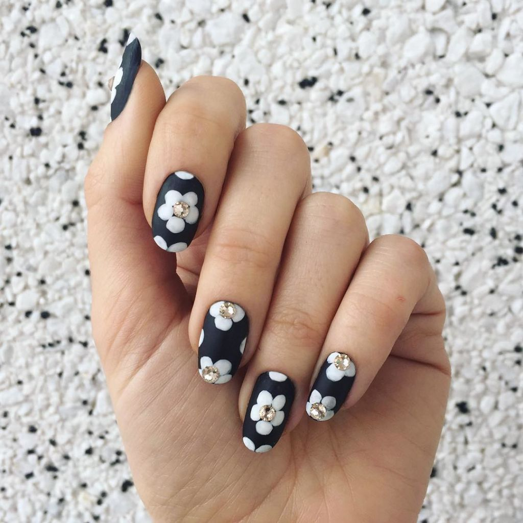pics 11 New Ways to Wear Matte Nails
