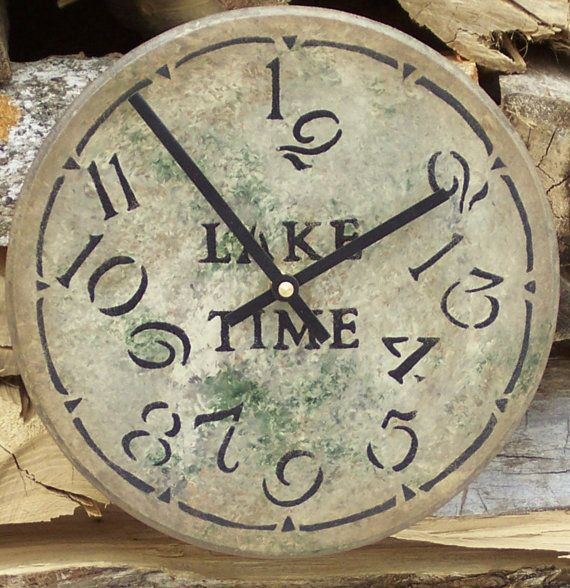 9 inch Lake Time by ClocksByHomestead on Etsy, $22.00