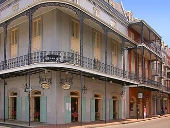 Quaint Street And Shops French Quarter New Orleans Travel New