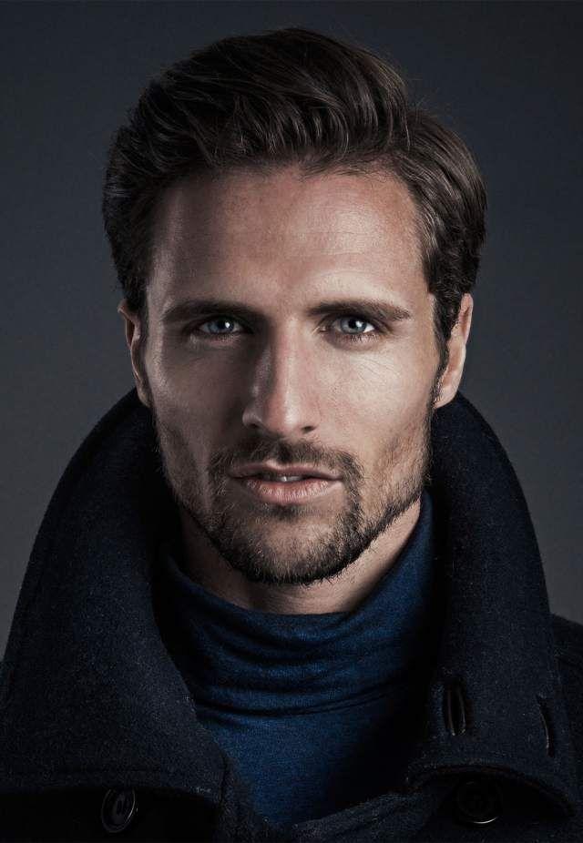 Kult Model Agency - Platz für Männer   Sedcard, Models